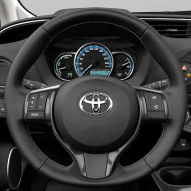3-spoke leather steering wheel